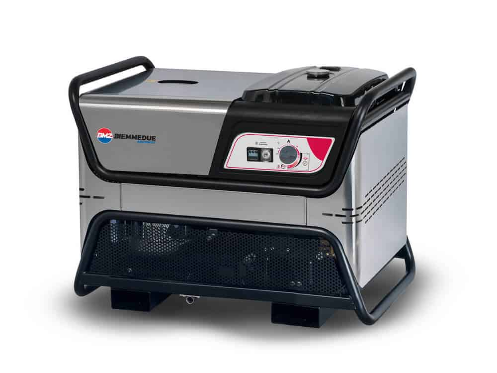 מכונת שטיפה בלחץ מים חמים COMBY